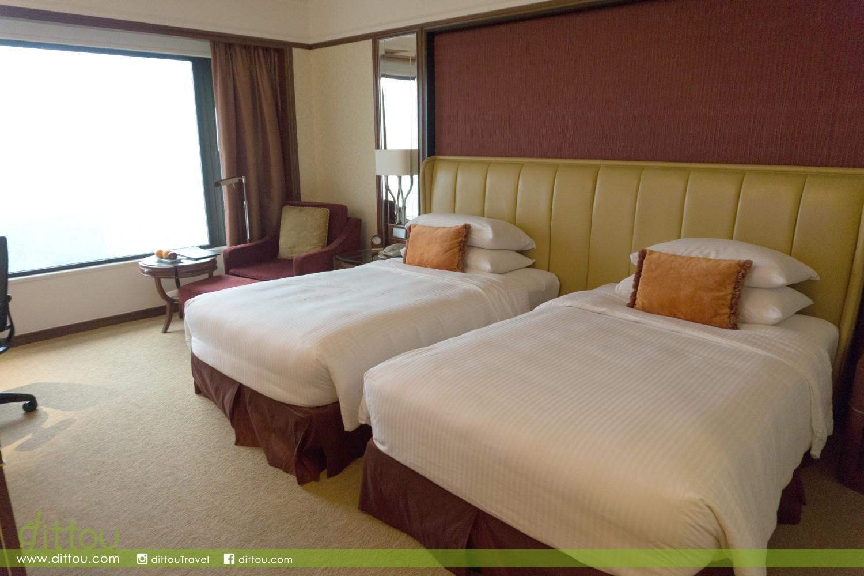 舒適大床可說是房間的靈魂,這裡的單人床闊度可比得上一張雙人床。