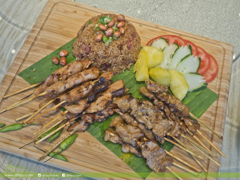 泰式串燒配生炒糯米飯