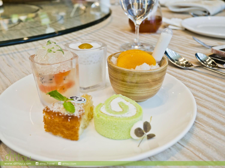 (左上起)火龍果木瓜金柚果凍、芒果椰子西米布甸、香芒慕絲糯米飯;(左下起)椰子菠蘿蛋糕、斑蘭椰子卷蛋糕