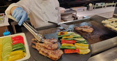 吃得夠貴氣!灣景廳「鮑魚、鴨肝、龍蝦」自助晚餐