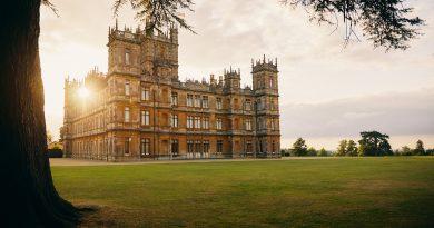 體驗《唐頓莊園》的貴族生活!英國海克利爾城堡一生一次的入住機會